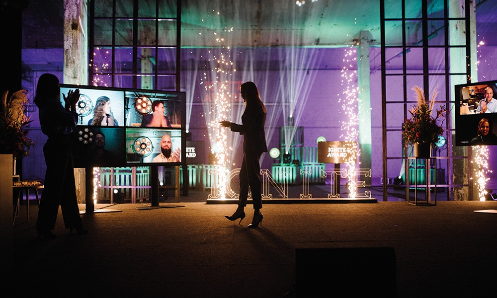 Het online magazine van High Profile Events: 'live vs. online'